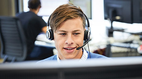 [Translate to English:] Callcenter